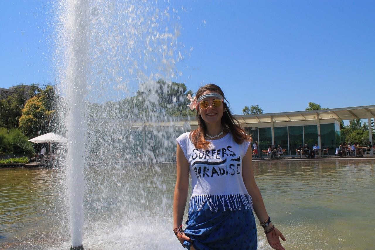 Amalia garden fountain refreshment