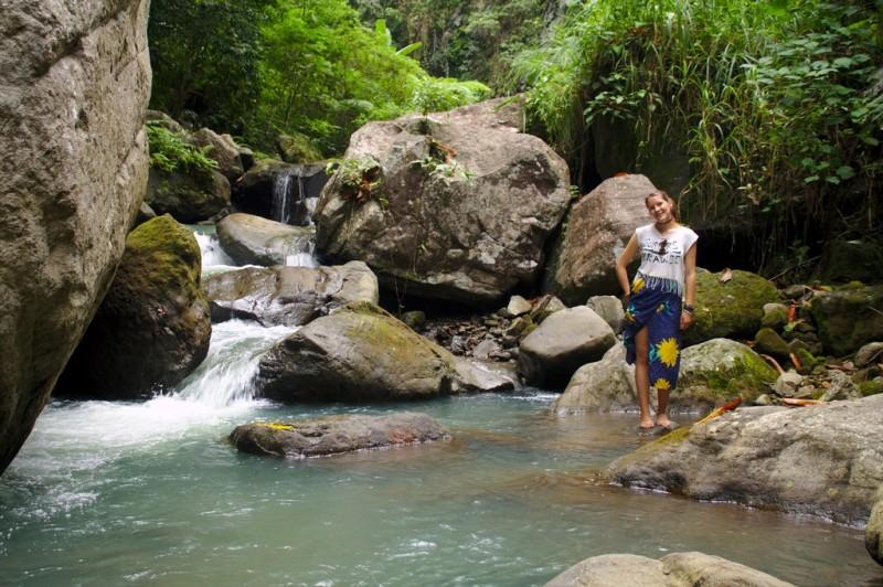Casaroro Falls - halfway