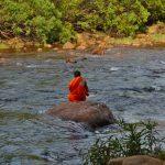 Kampot rapids monk