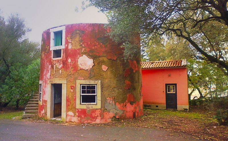 lisbon tapada das necessidades abandoned house