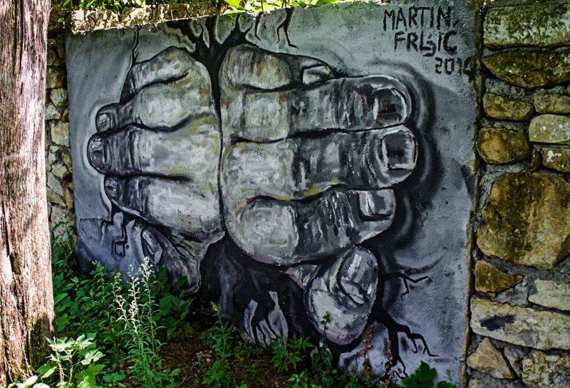 Mostar, street art, park Zrinjevac, hands, wall
